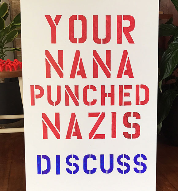 assets_protest_580_nazis_1